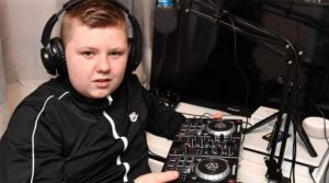 Cael Bell Dj party